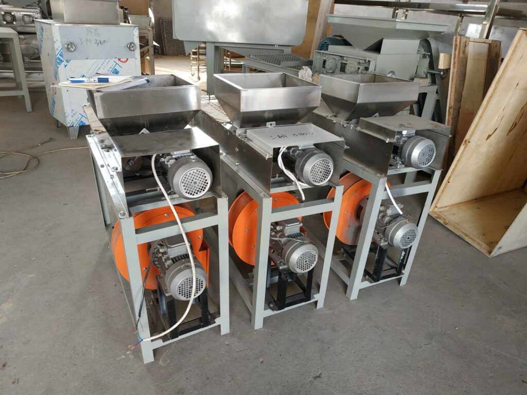 different speanut peeling machine size