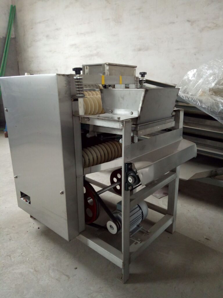 Package & Delivery of Automatic Wet Peanut Peeling Machine